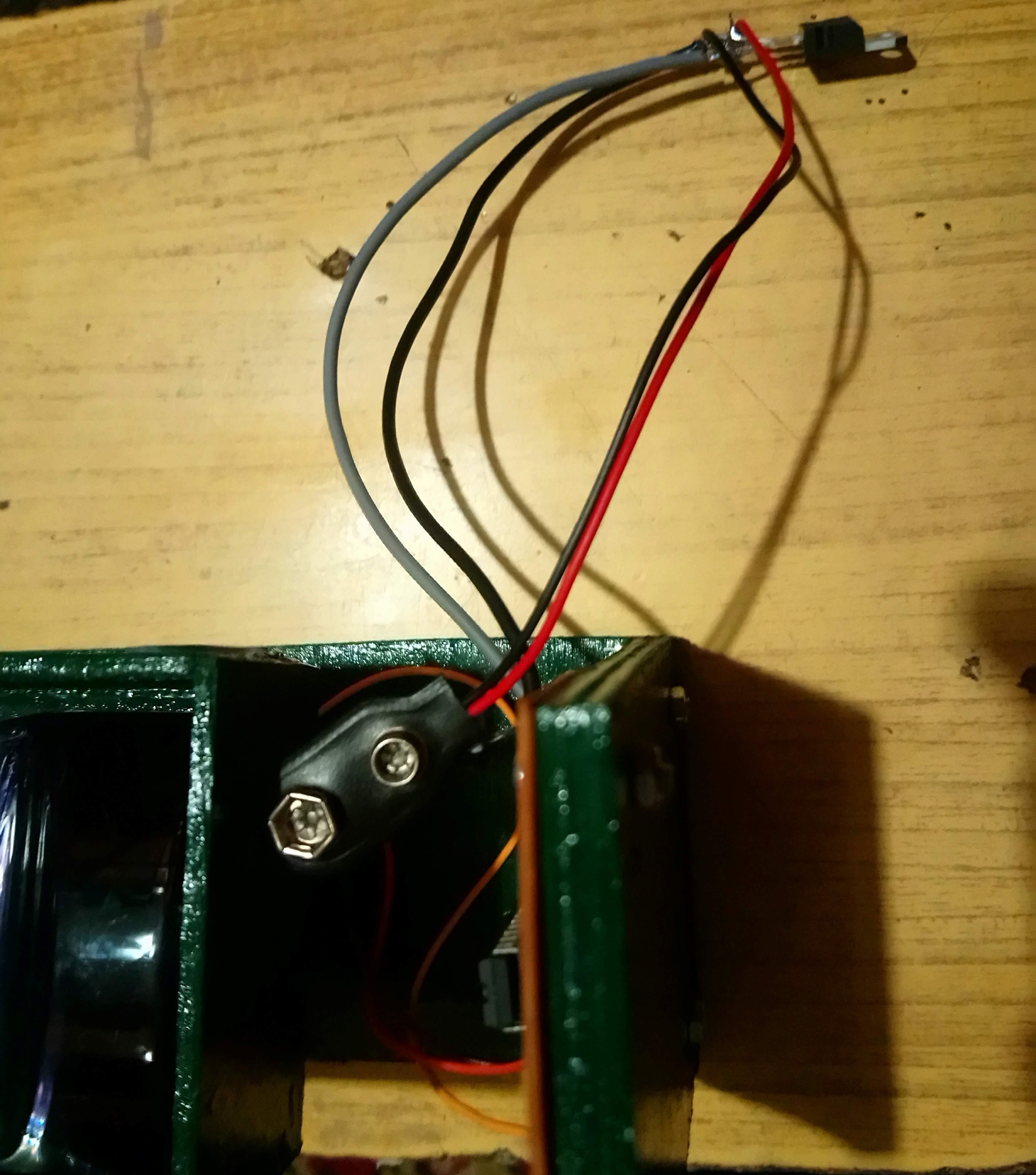soldering servo3